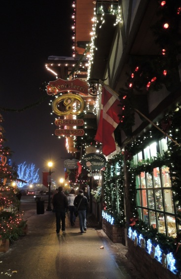 Leavenworth boutiques in full regalia.
